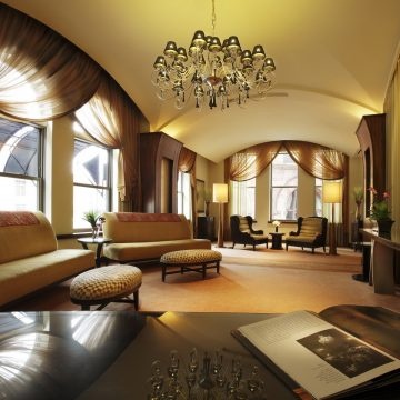Люстры – величие и простота прямо у Вас дома